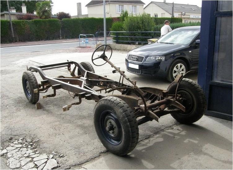 http://sylvain.viau.free.fr/Automobile/Chenard/Aiglon-86.jpg